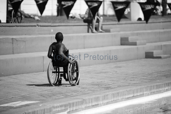 swim_disabled_bw2